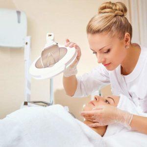 Aesthetic-dermatology-course-600x600
